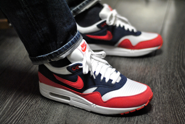 e825d9aa2672c ... nike-air-max-1-rouge-2012-300x200